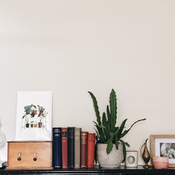 The Middle Aisle Bedroom Shelf Styling